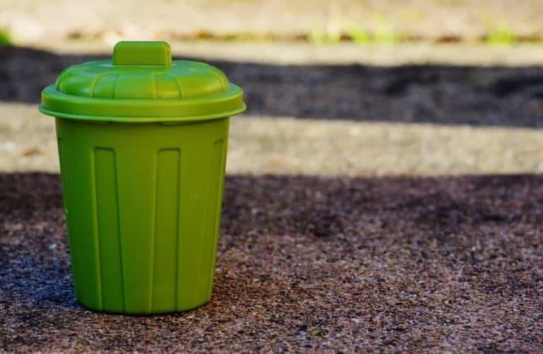 В подъезде дома по улице Маршала Федоренко восстановили мусоропровод. Фото: Pixabay.com
